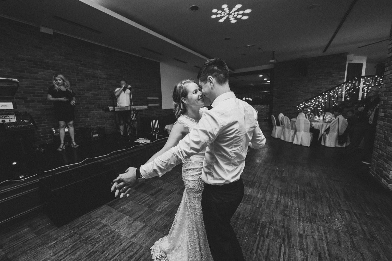 Wedding Photographer Porocni fotograf Ptuj Hotel Primus Peps Wines Zidanica 96
