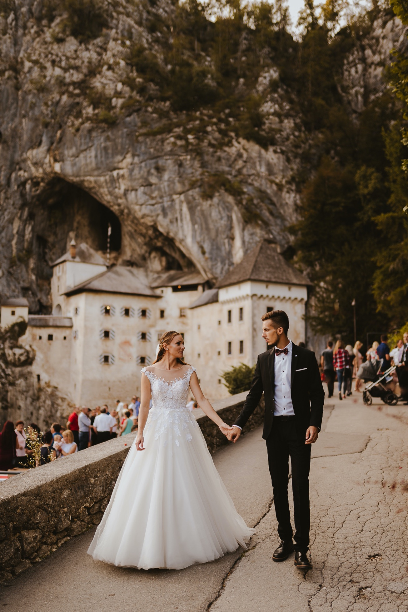 60 princess castle wedding predjama postojna