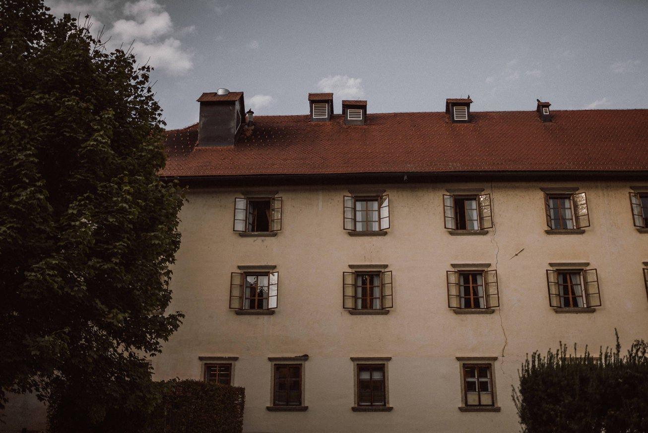 Grad Otocec Chateau Porocni fotograf Wedding photographer 12