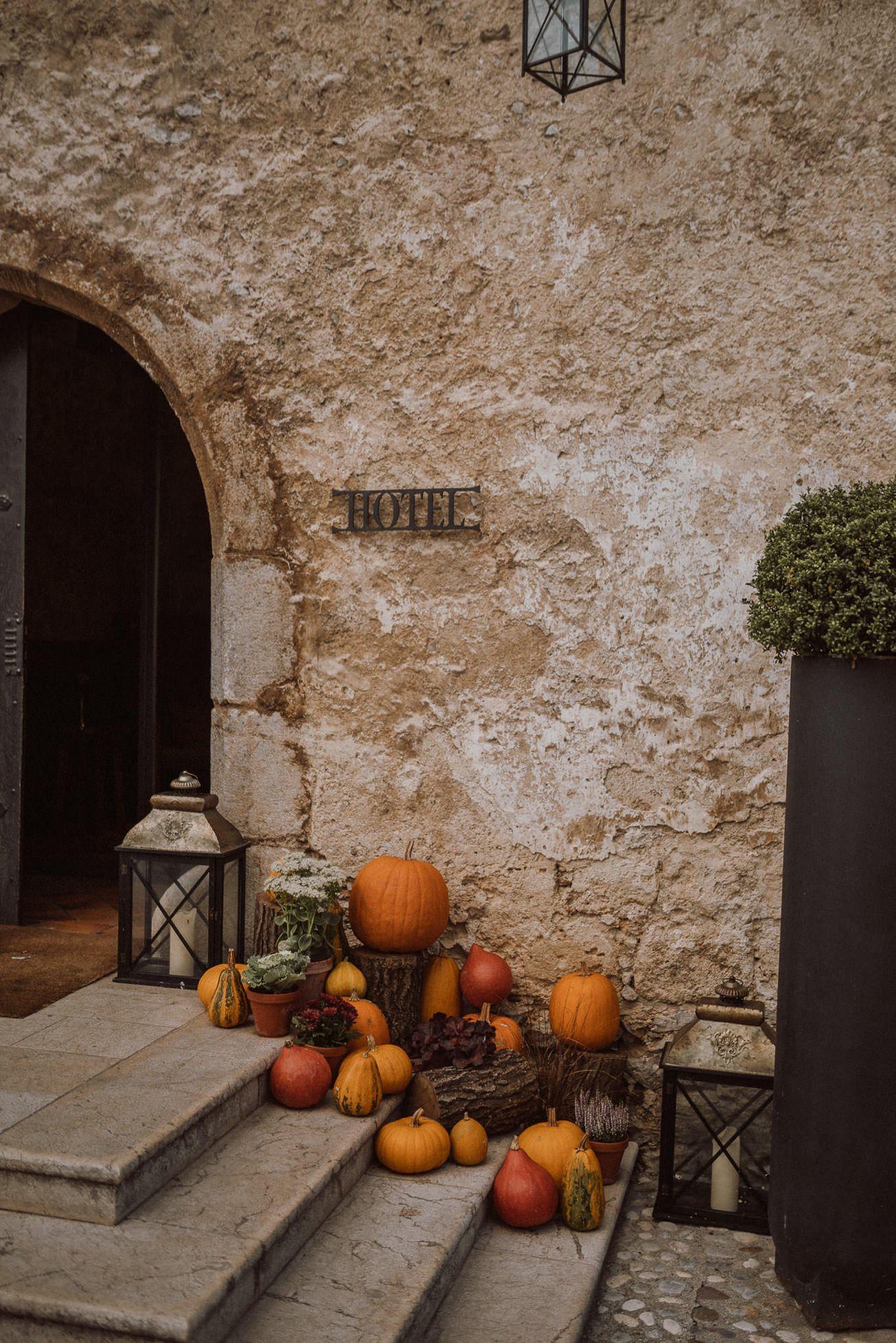 Grad Otocec Chateau Porocni fotograf Wedding photographer 38