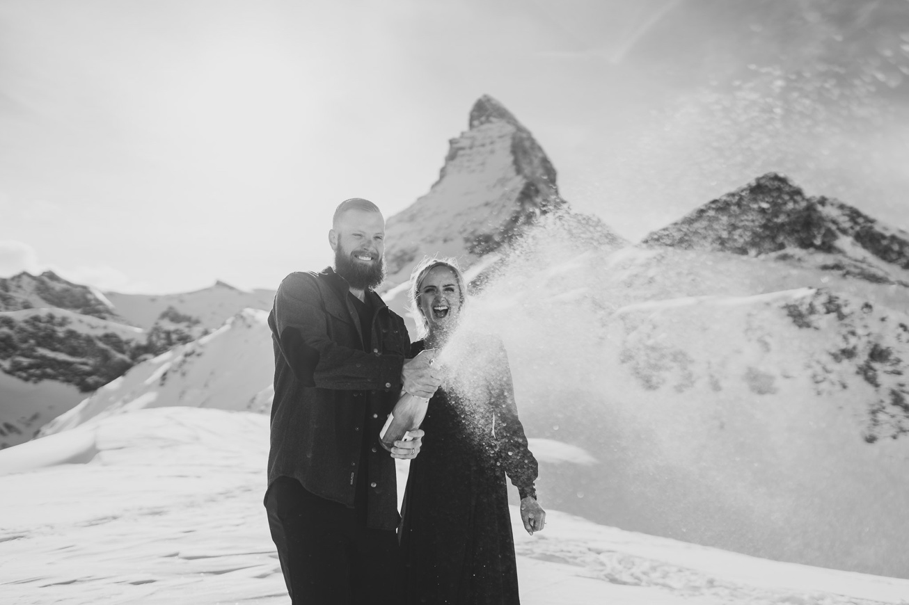 01 session photographer switzherland wedding zermatt couple