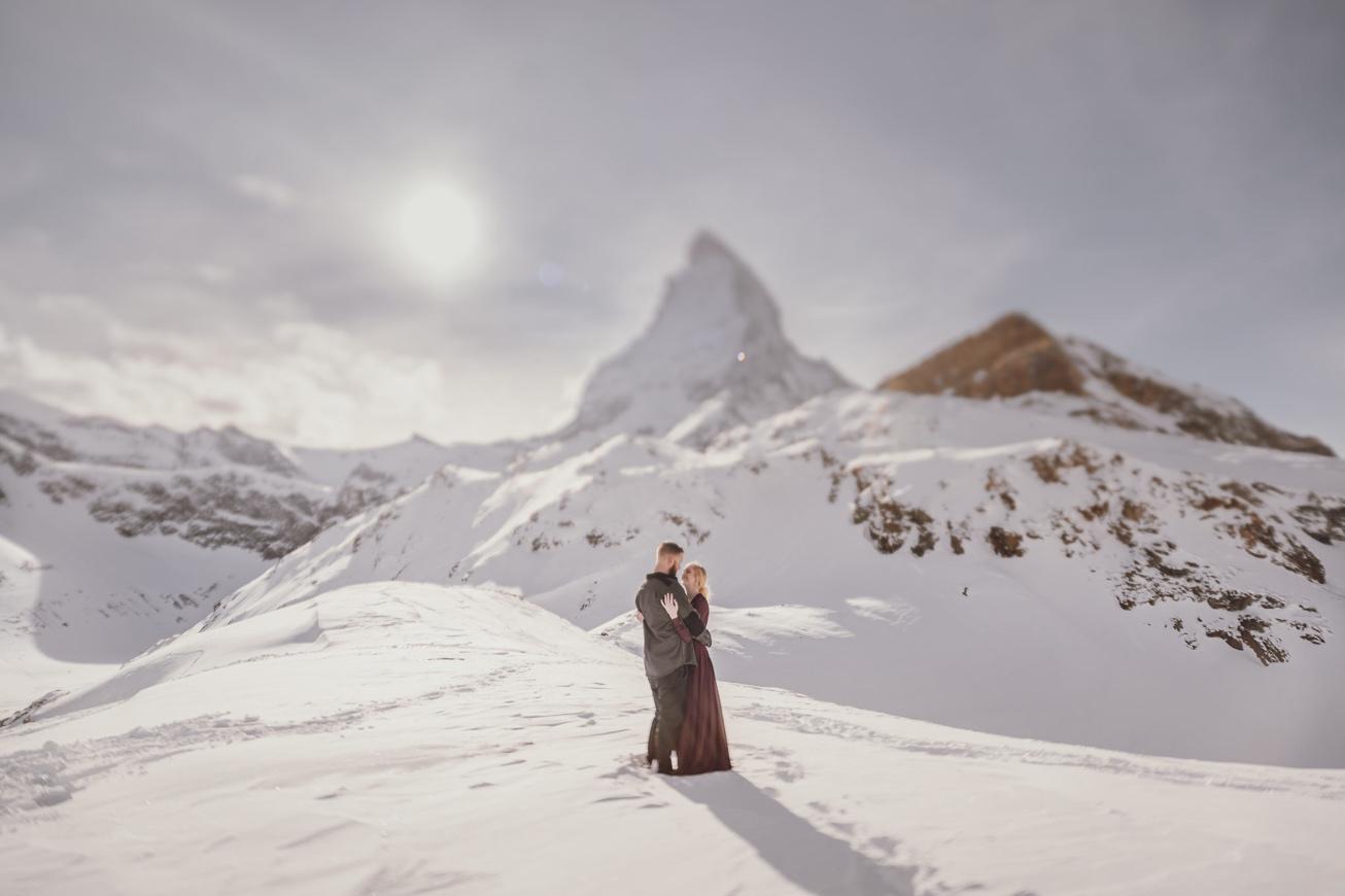 30 couple session matterhorn photographer elopement proposal