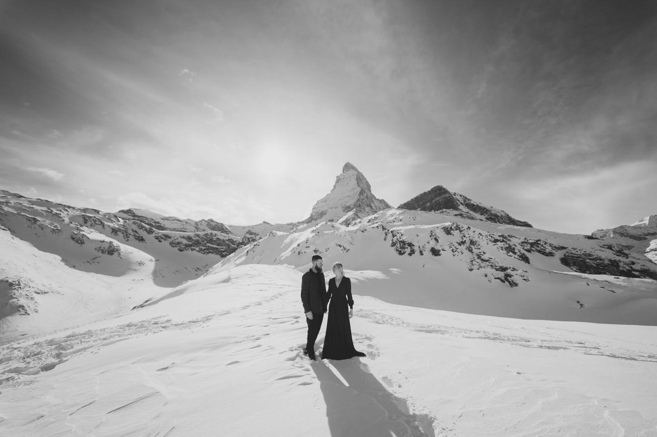 32 couple session matterhorn photographer elopement proposal