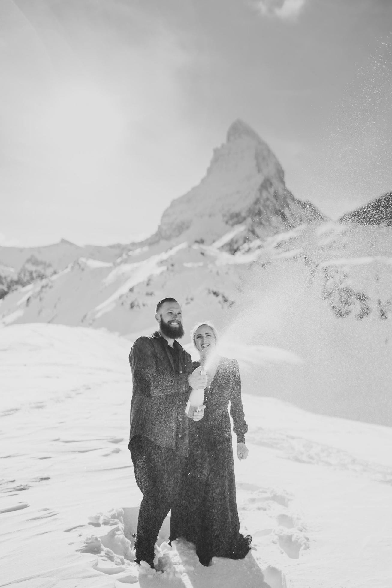 36 couple session matterhorn photographer elopement proposal