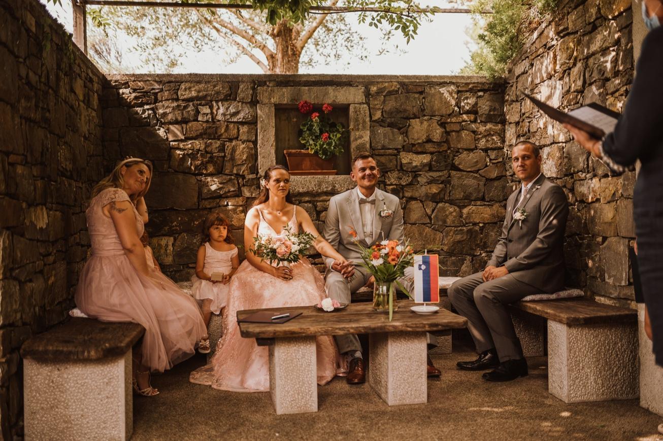 Special sort of house Stanjel Kras Slovenia Poroka Hisa Posebne sorte Tomaz Kos Weddings photographer 28