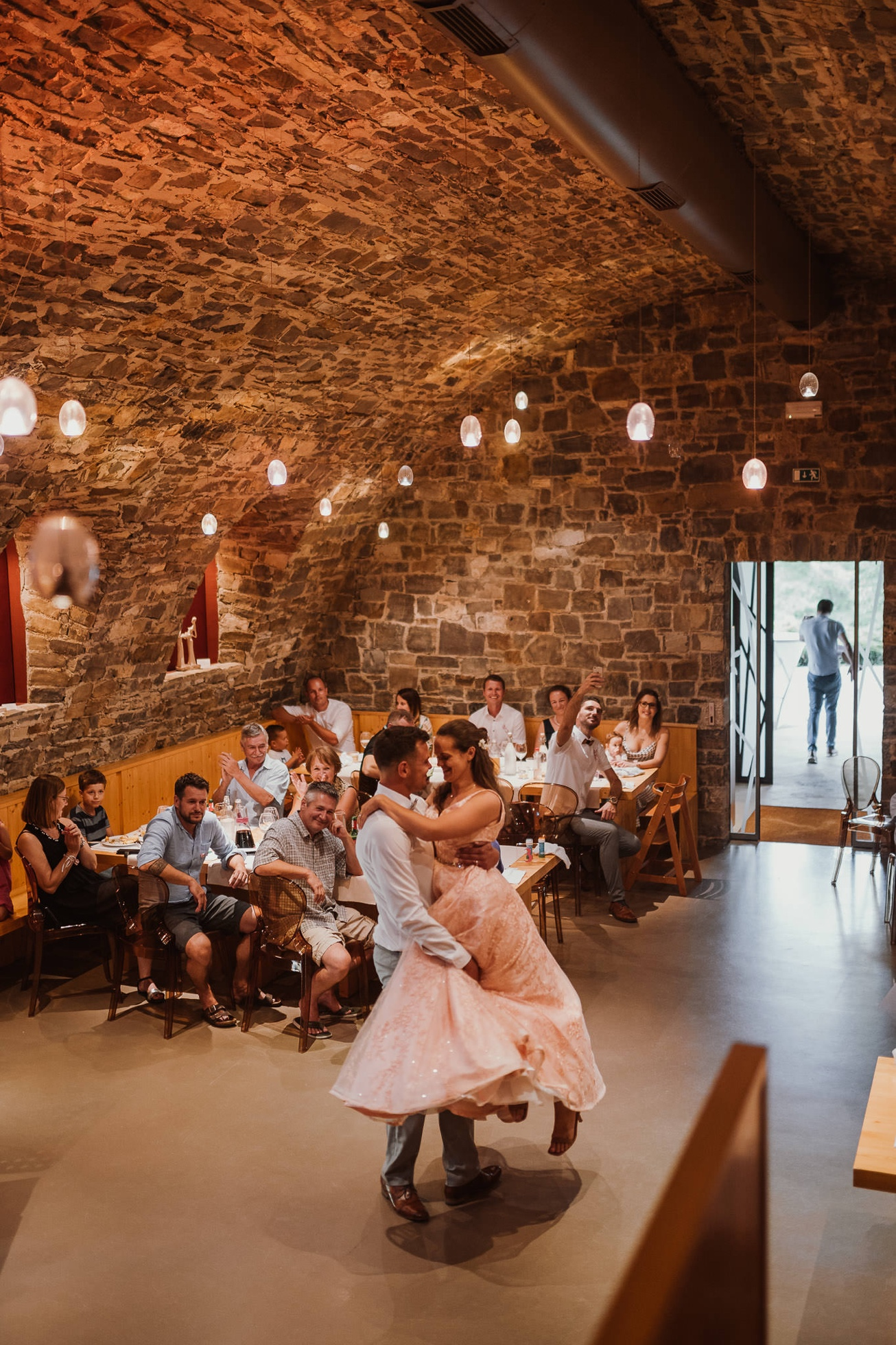 Special sort of house Stanjel Kras Slovenia Poroka Hisa Posebne sorte Tomaz Kos Weddings photographer 53